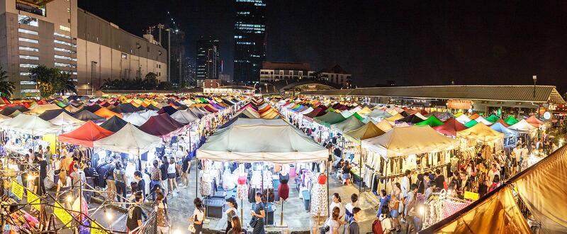 Một góc chợ đêm tại Đại lộ Hạ Long Marine, Hùng Thắng, Tp. Hạ Long, Quảng Ninh